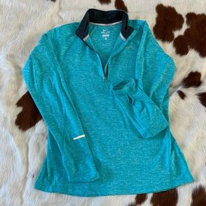 Nike Dry Fit Longsleeve Zip Up Pullover